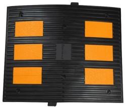 ÜSTÜN A.Ş. - Kauçuk Hız Kesici 6 Reflektörlü 600mm Siyah Tr9000
